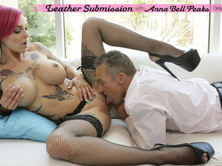 Bigtit babe Anna Bell Peaks takes charge of her..