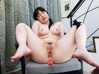 Hina Maeda Asian has clit under vibrator and is..